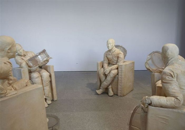 Juan Munoz Seated Figures With Drums