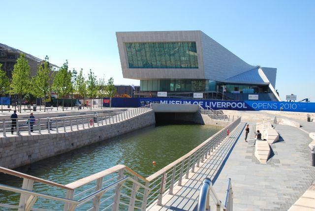 Walking the canal:envoi