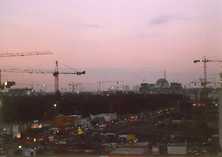 Berlin skyline in 1999 - massive construction work going on