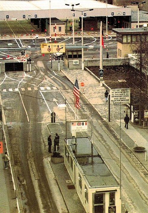 Checkpoint Charlie - postcard