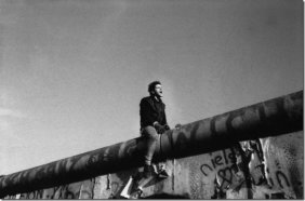 9 November 1989: 'Something there is that doesn't love a wall'