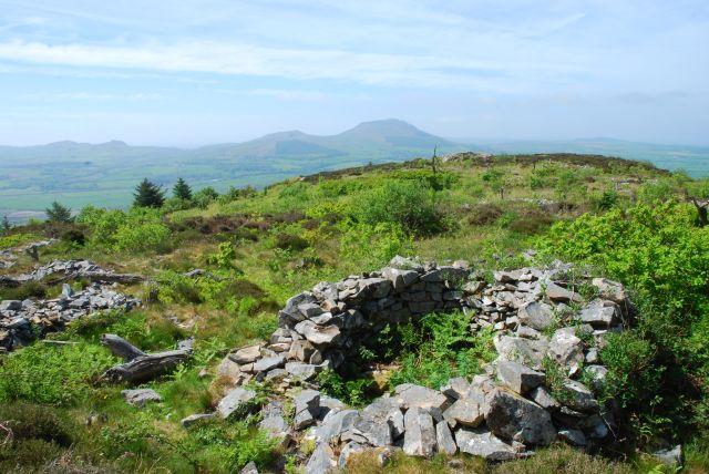 Bronze Age hut circles on Garn Boduan