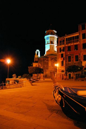 Vernazza night 2
