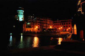 Vernazza night 6