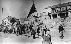 Members of the Jewish Socialist Bund march in Bialystok on 1 May 1934
