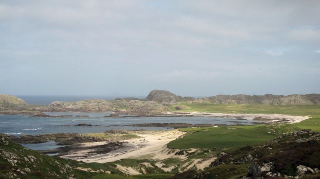 Across Iona To The Bay At The Back Of The Ocean That S border=