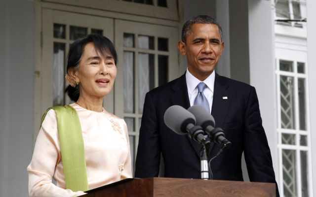 Barack Obama meets Aung San Suu Kyi on historic Burma visit, November 2012