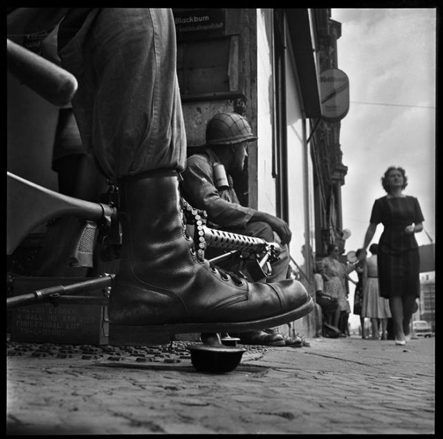 Don McCullin, American soldiers, Friedrichstrasse near Checkpoint Charlie, at the time of the construction of the Berlin Wall, West Berlin, August 1961