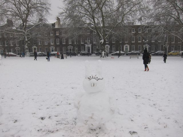 Highbury Fields snow 1