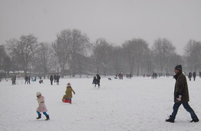Highbury Fields snow
