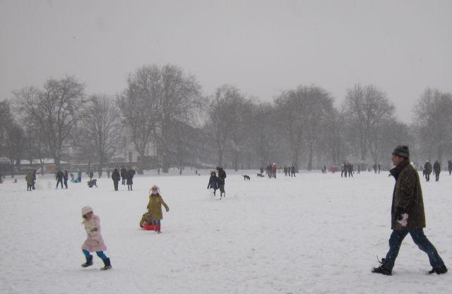 Highbury Fields snow