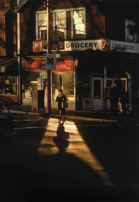 Fred Herzog, Crossing Powell, 1984