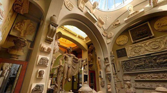 Sir John Soane's Museum interior 2