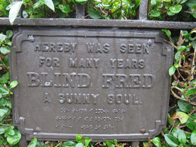Hackney churchyard 1