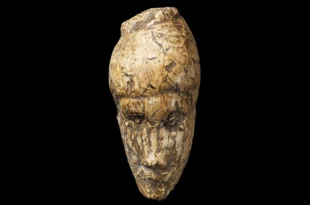 The oldest known portrait: female face from Dolni Vestonice