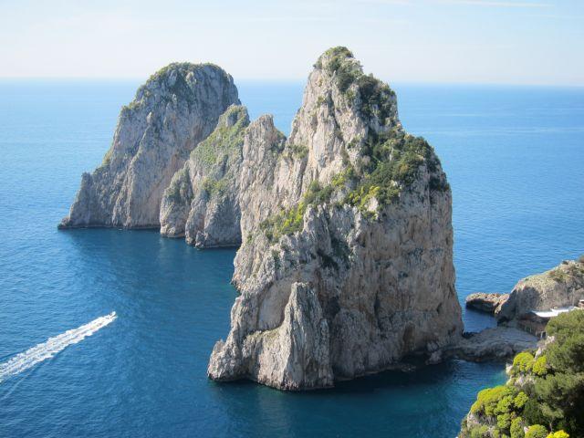 Capri 14b