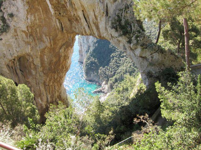 Capri 7