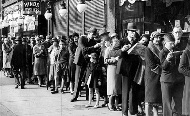 People queuing for the cinema.