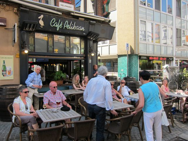 Antwerp square 6