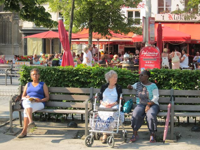 Antwerp square 9