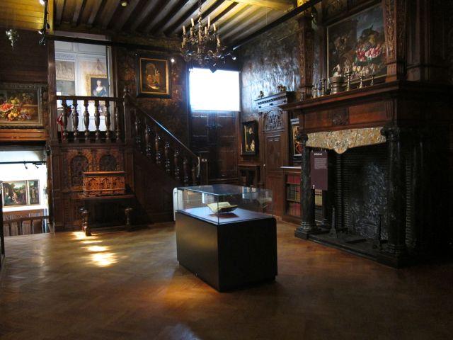 Museum Mayer van den Bergh