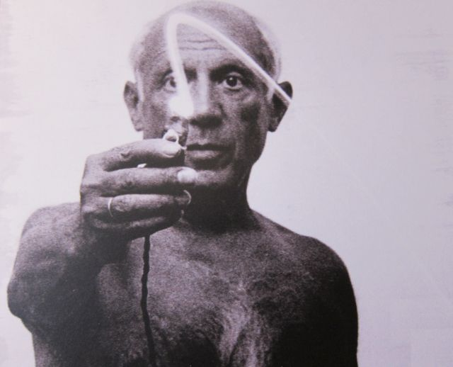 Picasso paints on glass