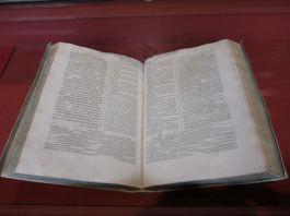 The Ployglot Bible
