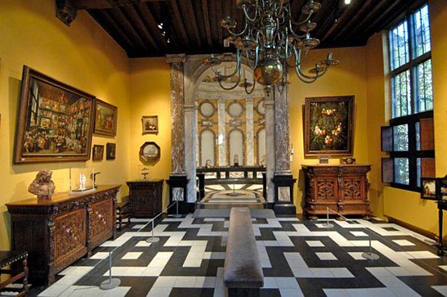 Rubens House art room