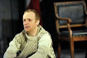 Jonathan Slinger as Hamlet