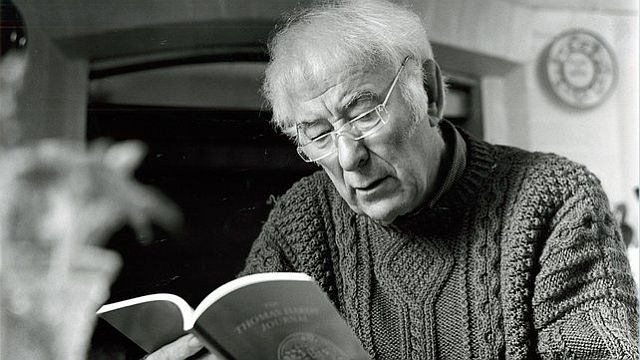 Seamus Heaney in 2004