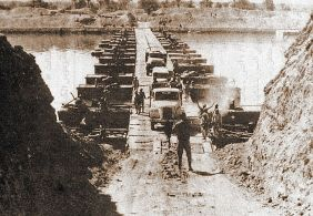 Egyptian forces crossing the Suez Canal on 7 October 1973