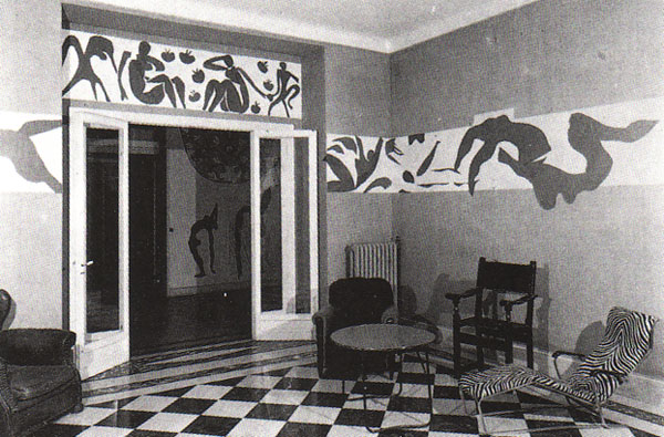 The dining room at the hotel Regina, 1952