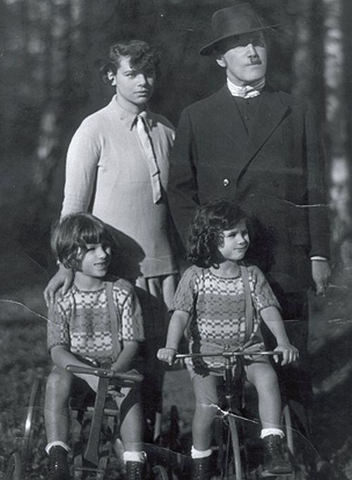 Kerr family c1926