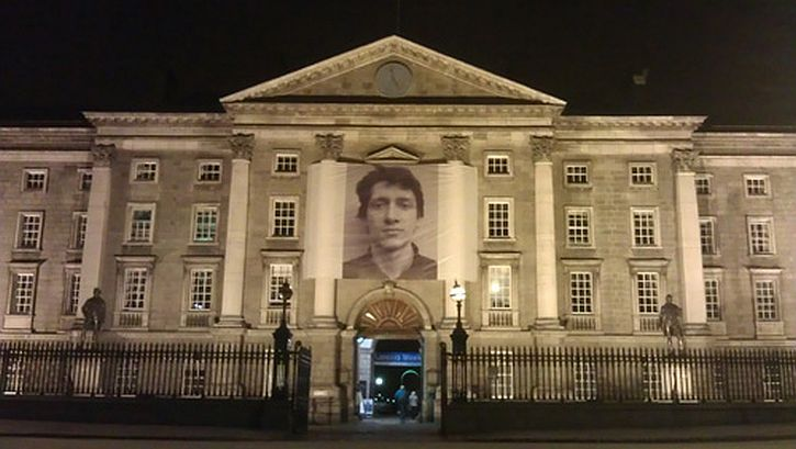Braco Dimitrijevic, Casual Passer By, displayed at Trinity College Dublin, 2011