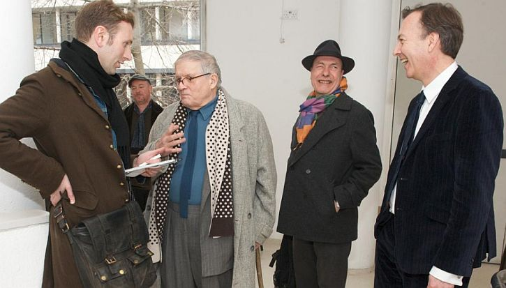 Hockney on a return visit to the RCA