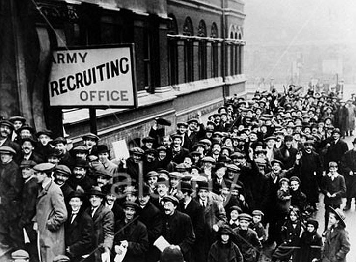 Volunteers queuing in front of a recruitment office in London, 1914