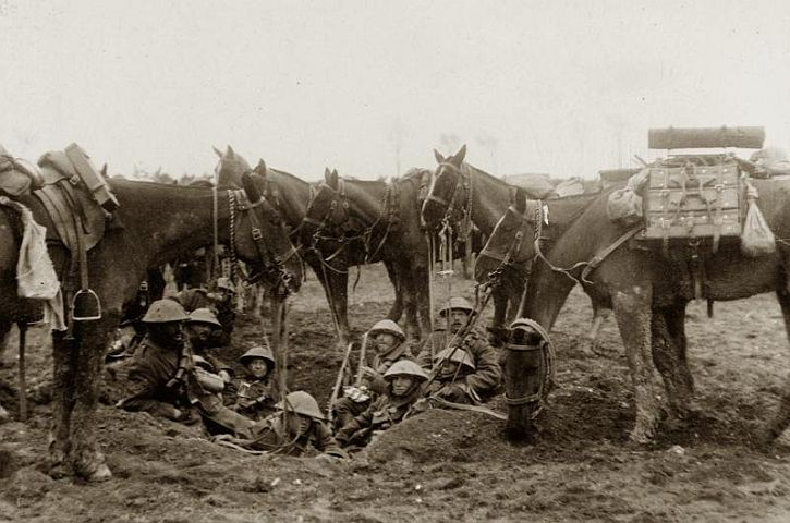 Men at the Western Front, c 1916