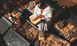 Timbuktu: rescuing books that 'bear the human soul'