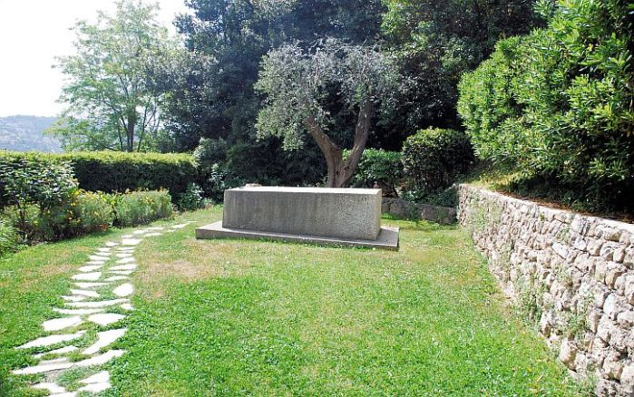 Matisse: his last resting place and resurrection