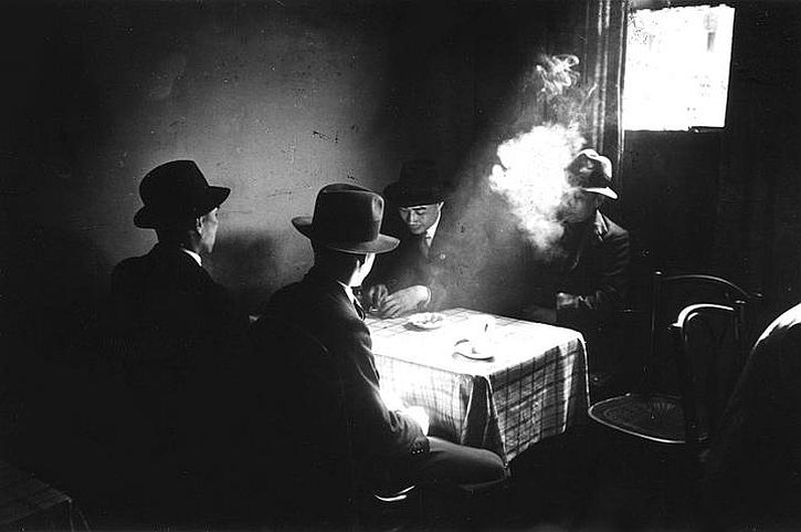 Bert Hardy. Chinese Seamen, Chinatown, Liverpool, May 1942