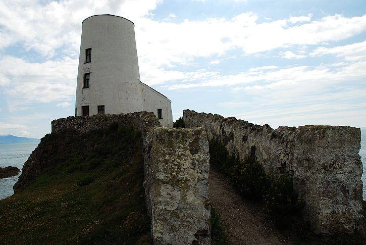 Llanddwyn lighthouse 3