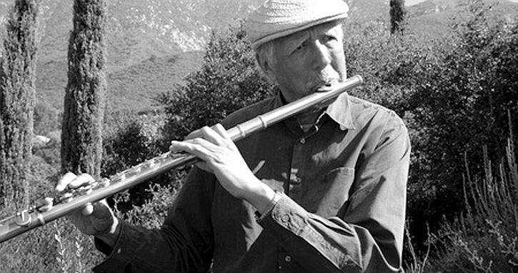 CharlesLloyd-flute-bw