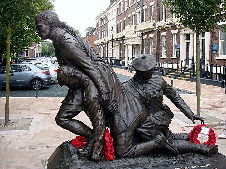 Chavasse Memorial' Abercromby Square, Tom Murphy