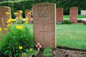 Deserters' graves 2