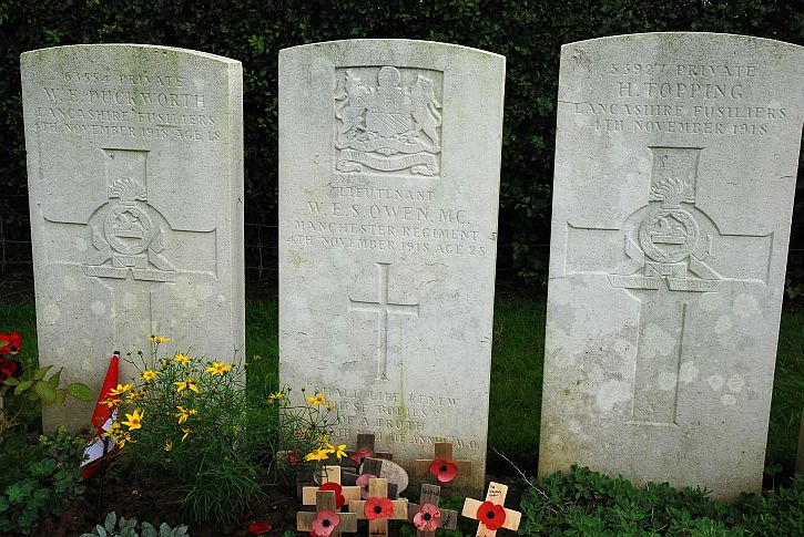 The grave of Wifred Owen