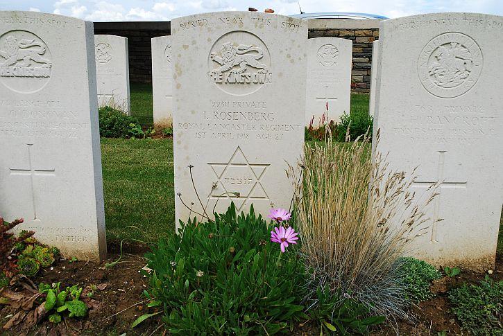Rosenberg grave