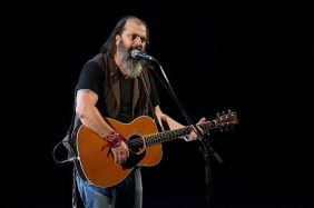 Steve Earle performing at The Auditorium in Liverpool Echo Arena (pic Dave Munn)