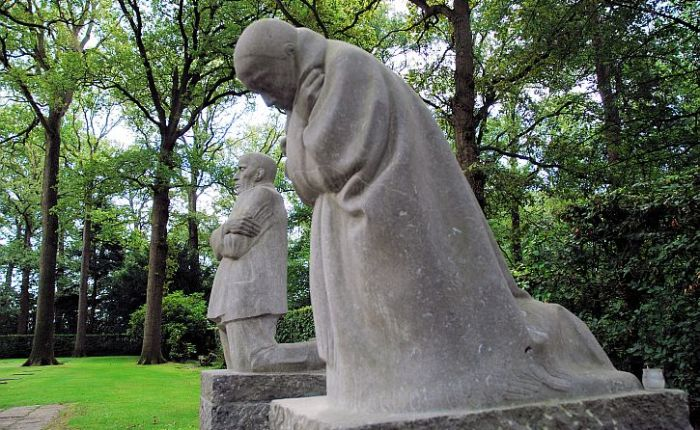Kathe Kollwitz's 'Grieving Parents' at Vladslo: 'Seed Corn Must Not Be Ground'