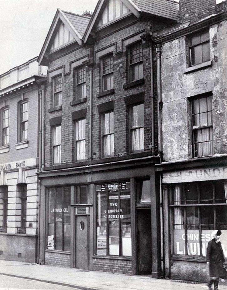 Cilla Black's home above the barber's on Scotland Road
