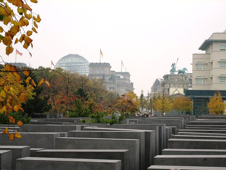 Holocaust Memorial with Reichstag and Brandenburg Gate